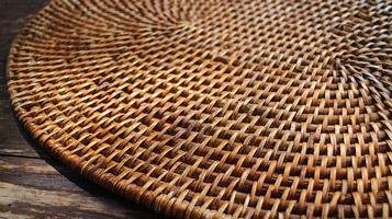 meuble table bambou